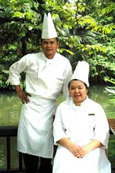 Guest Chefs Prinya Somkwarmkid and his assistant Nanthawan Thipraphan